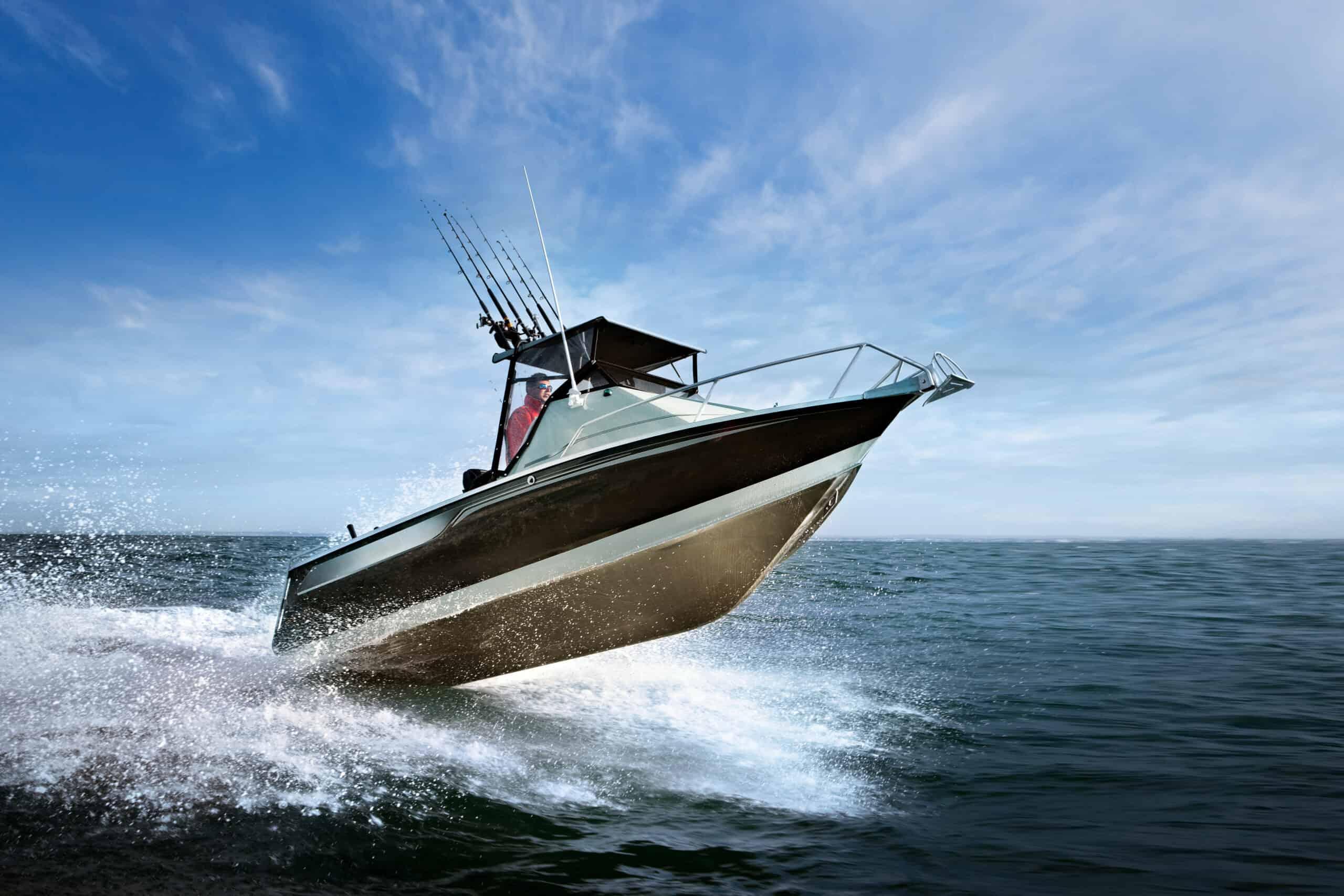 speed-boat-8F7HTEB